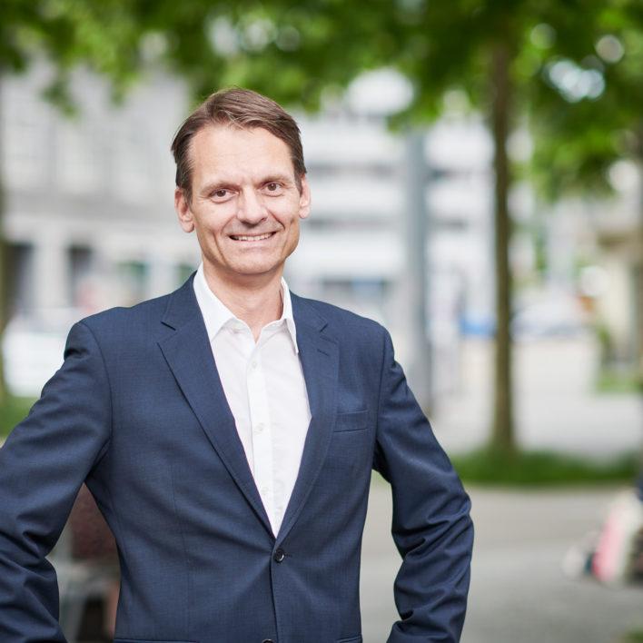 Dr. med. Dominik Maurer, FMH Kardiologie und Allgemeine Innere Medizin